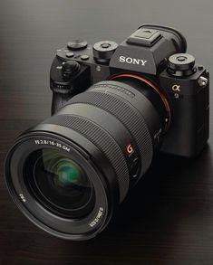 Sony the best sports camera Photography Gear, Photoshop Photography, Video Photography, Camera Life, Camera Gear, Best Film Cameras, Pink Camera, Sports Camera, Camera Hacks