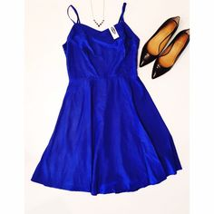 ♡HP♡⚬Old Navy⚬Poplin Dress HP! Summer to Fall Fashion Party 9/14Beautiful old navy cobalt blue dress. NWT, never worn, only tried on and it doesn't fit. But good for you! XS petite. ⚡️shipping Old Navy Dresses