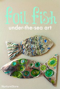 fish craft :: ocean theme for preschool Gorgeous foil fish craft :: Great under the sea art / ocean craft for kids.Gorgeous foil fish craft :: Great under the sea art / ocean craft for kids. Fish Under The Sea, Under The Sea Theme, Under The Sea Crafts, Preschool Themes, Preschool Crafts, Water Theme Preschool, Sea Art, Summer Crafts, Beach Crafts For Kids