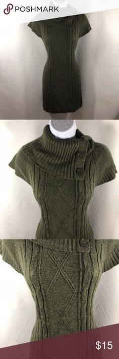 Pink Rose Women's Petite Medium Sweater Dress Cowl Details:  Color: Green Cowl neck. Short sleeved. Cable knit design. Style number: PF24564PR  Tag Size: PM  Measurements: See photos. Please message for additional measurements or clarification.  Materials: See materials tag photo.  Inventory Number: BH15 Hippie Rose Dresses