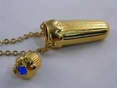 Vintage Necklace / Perfume Bottle / Gold Vial Pendant Necklace by VintageBaublesnBits, $15.00 #vjse #vintage #jewelry #poisonnecklace