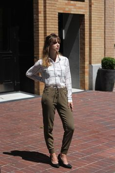 Monday mornings in Gastown, outfit of the day. Parachute Pants, Outfit Of The Day, Lenses, Competition, Khaki Pants, Capri Pants, Photo And Video, Mornings, How To Wear