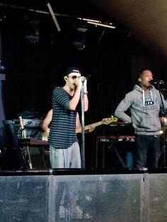 Nathan durante a passagem de som em Birmingham, na Inglaterra. (via @RachelWood77) #CoberturaTWBR