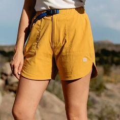 Cute Hiking Outfit, Summer Hiking Outfit, Summer Outfits, Camping Outfits For Women Summer, Summer Shorts, Hiking Wear, Long Shorts, Granola Girl, Hiking Shorts