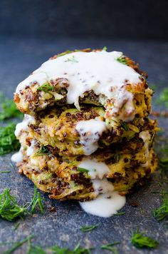 Feta Quinoa Zucchini Fritters - Crispy on the outside and moist in the center. These fritters are very light thanks to quinoa. No flour is added!