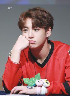 bts jungkook - Also known as Bangtan Boys or Beyond The Scene, Foto Jungkook, Foto Bts, Jungkook Cute, Kookie Bts, Jungkook Oppa, V Taehyung, Bts Bangtan Boy, Jungkook 2017, Jung Kook