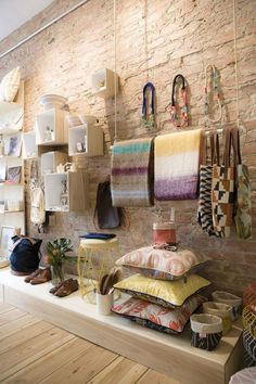 District six store retail interior shop space visual merchandising retail s Design Shop, Shop Interior Design, Boutique Shop Interior, Gift Shop Interiors, Boutique Decor, Store Interiors, Interior Sketch, Boutique Design, Wall Design