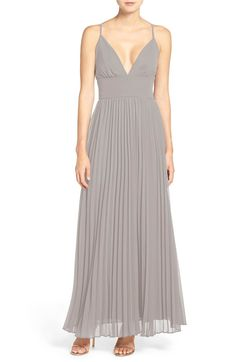 Main Image - Lulus Plunging V-Neck Pleat Georgette Gown