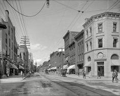 vintage vermont | Streetlight in Vermont: 1907