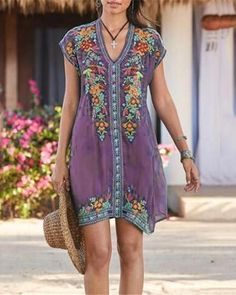 Plus Size Bohemian Embroidery V Neck Dress – nananova Holiday Dresses, Summer Dresses, Shift Dresses, Midi Dresses, Maxi Sundresses, Blouse En Coton, Short Sleeve Dresses, Dresses With Sleeves, Types Of Sleeves