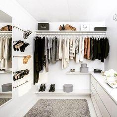 Monochrome and neutrals. minimalist wardrobe