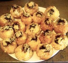 Další z výh erních receptů na téma posvícenské koláče. Nechte si chutnat.    KOLÁČKY OD MAMKY       1/4 litru mléka        2dcl oleje        3...