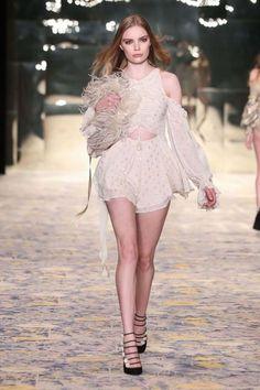 Mercedes-Benz Fashion Week Australia Alice McCall resort 2018 - Vogue Australia