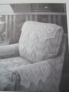 Items similar to Crochet Pattern - Antimacassar - Chair Set - Headrest and Arm Rest - Vintage Pattern on Etsy Filet Crochet, Crochet Patterns Filet, Doily Patterns, Vintage Patterns, Sofa Arm Covers, Chair Back Covers, Chair Backs, Recliner Cover, Couch Repair