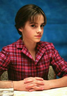 From Hermione's frizzy mane to that stunning post-Potter pixie crop: Emma Watson is a hair hero. See all her hair and beauty looks. Emma Love, Emma Watson Beautiful, Emma Watson Sexiest, My Emma, Emma Watson Fan, Emma Watson Style, Emma Watson Young, Emma Watson Casual, Emma Watson Short Hair