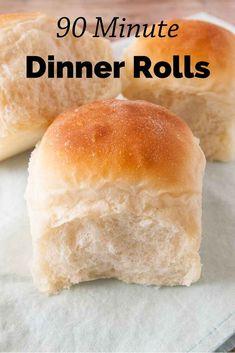 Quick Dinner Rolls, Fluffy Dinner Rolls, Dinner Rolls Recipe, Homemade White Bread, Homemade Dinner Rolls, Oatmeal Dinner, Quick Bread Recipes, Easy Bread, Easy Recipes