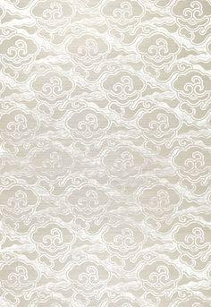 Wallcovering / Wallpaper | Cirrus Clouds in Fog & Chalk | Schumacher