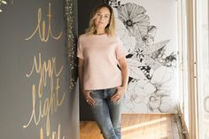 The new community-friendly hair salons Herald News, New Community, Salons, T Shirts For Women, Business, Hair Styles, Hair Plait Styles, Living Rooms, Hairdos