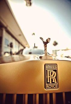 Arrive in style Rolls Royce Logo, Rolls Royce Motor Cars, Bentley Motors, Volkswagen Group, Rolls Royce Phantom, Hood Ornaments, Apartment Interior Design, Transportation Design, Sexy Cars