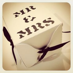 LoveKnot wedding favor box by Bespoke Party Products