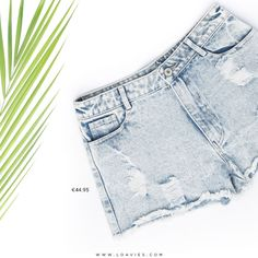 Your favourite shorts are here! These shorts are the perfect basic for this summer, you can wear it with any top. Summer, we're ready for you #loavies #denim #shorts #fashion #summe