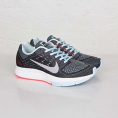 low priced 0143b bd471 Nike W Air Zoom Structure 18 - 683737-401 - Sneakersnstuff   sneakers    streetwear online since 1999