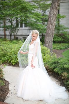 Trumpet with lace sleeves. Jim Hjelm.    photography by http://www.hsrphoto.com
