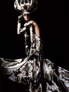 Dame de Paris. Serafima Vakulenko in Givenchy Spring 2007 haute couture; photographed by Salim Langatta for Harper's Bazaar Russia, July 2007.