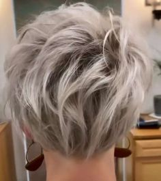 Short Hairstyles Donnie Flaherty - Likeeed Short Hair Styles Easy, Short Cuts, Hair Color And Cut, Short Hairstyles, Hair Makeup, Hair Cuts, Pixie Cuts, Short Scene Hairstyles, Haircuts