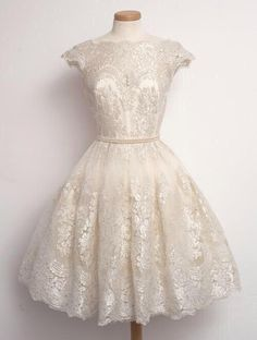 Vintage Lace Dresses
