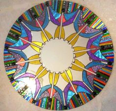 Colorful Stained Glass Round Mosaic Mirror from Spoiled Rockin Stained Glass Mirror, Faux Stained Glass, Mirror Mosaic, Fused Glass Art, Mosaic Wall, Mosaic Glass, Mosaic Projects, Mosaic Ideas, Looks Cool
