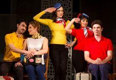"""O Teatro Laura Alvim recebe a comédia musical """"1958- A Bossa do Mundo é Nossa"""", que tem direção de André Paes Lemes.  A peça fica em cartaz até o dia 22 de dezembro, com ingressos a R$ 40."""
