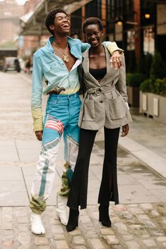 Best Street Style Looks From New York Fashion Week Spring 2019 - Fashionista Street Style Trends, New York Fashion Week Street Style, Spring Street Style, Cool Street Fashion, Street Style Looks, Spring Style, Spring Summer, New Yorker Mode, Stylish Couple