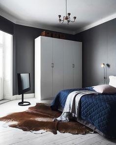 This bedroom 😍 The #MyHorizon looks great in the corner. #BangOlufsen  #LikeNoOneElse