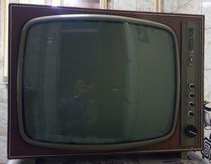 "Televizorul cu care am crescut/văzut : ""Telecinemateca"", ""Teleenciclopedia""... ""Popeye marinarul""... Box Tv, Comfort Zone"