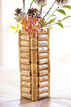 Wine Cork Vase   25 Impressive Ways To Reuse Wine Corks   DIY Projects