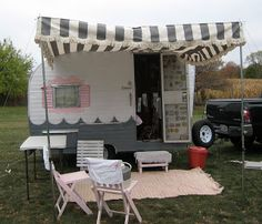 Vintage Canned Ham Camper Trailer Project Camping has reinvented itself and is becoming more inviting to even the most glamorous, high. Retro Campers, Rv Campers, Camper Trailers, Vintage Campers, Vintage Rv, Tiny Trailers, Shasta Camper, Small Campers, Camper Life