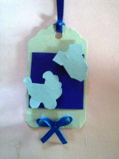 Lindos tags para fazer seus convidados se sentirem ainda mais especiais em sua festa. <br>Cores e apliques a escolher.