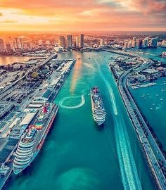 The Best Places to Watch the Sunset in Miami, Florida. Sunset over Miami. Port of Miami Sunset. Miami Beach, Miami Sunset, Palm Beach, City Beach, Places To Travel, Travel Destinations, Places To Visit, Romantic Destinations, Voyage Miami