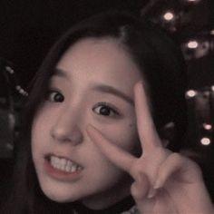South Korean Girls, Korean Girl Groups, Airport Fashion Kpop, Sketch Poses, Kim Jung, Korean Aesthetic, Airport Style, Say Hi, Ulzzang Girl