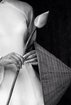 """aristippos: """" whitenoten: """" """" 100% ART / Bao Thach Nguyen. """" """" http://aristippos.tumblr.com/ """""""