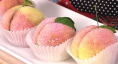 Peach Cookies To Make A fantastic tutorial showing you how to makes these Italian Peach Cookies . I…A fantastic tutorial showing you how to makes these Italian Peach Cookies . Italian Peach Cookies Recipe, Italian Cookie Recipes, Italian Cookies, Italian Desserts, Italian Foods, Italian Christmas Cookies, Christmas Desserts, Christmas Baking, Wedding Cake Cookies
