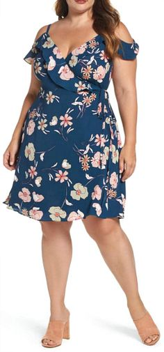 Many of us have more curves in our 40's than we did in our 20's which makes it challenging to dress at times. But there are lots of cute summer dresses for curvy women out there. Here's a few.