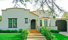 FOR LEASE!!! 572 N. Bronson Ave. Los Angeles 90004. 3 Bed/3 Bath + Guest House. Bright, renovated 2-story Larchmont Village Mediterranean on tree-lined street.