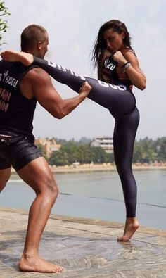 TOP QUICK WORKOUT TO BURN CALORIES IN A MOMENT