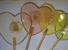 Image about cute in ♡ Random ♡ by dimple on We Heart It Phoebe Buffay, Ross Geller, Chandler Bing, Retro Aesthetic, Aesthetic Grunge, Aesthetic Yellow, Will Turner, Orange Pastel, Indie