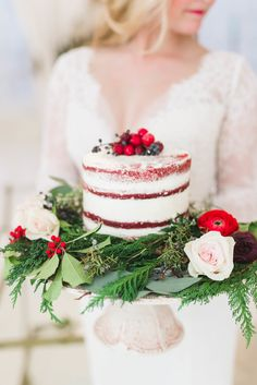 Wedding Cakes : Picture Description winter wedding naked cake with berries and greenery Fall Wedding Cakes, Elegant Wedding Cakes, Wedding Cake Designs, Red Wedding, Wedding Cake Toppers, Elegant Cakes, Winter Bride, Winter Weddings, Wedding Brooch Bouquets