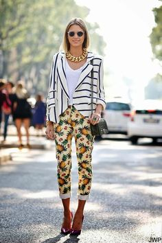 Stripes, pineapple print pants, an oversize gold chain collar necklace and clear sunglasses // Love this street style look!