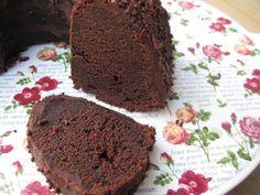 Luscious chocolate cake (Karin Goren)