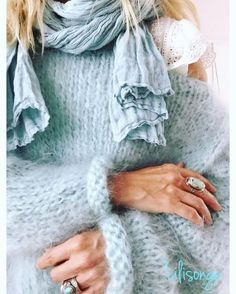 ༺ Beautiful ~ Inside and Out ༻ Hand Knitted Sweaters, Mohair Sweater, Knit Fashion, Look Fashion, Pull Angora, Chunky Oversized Sweater, Stitch Fit, Urban Chic, Knitting Designs